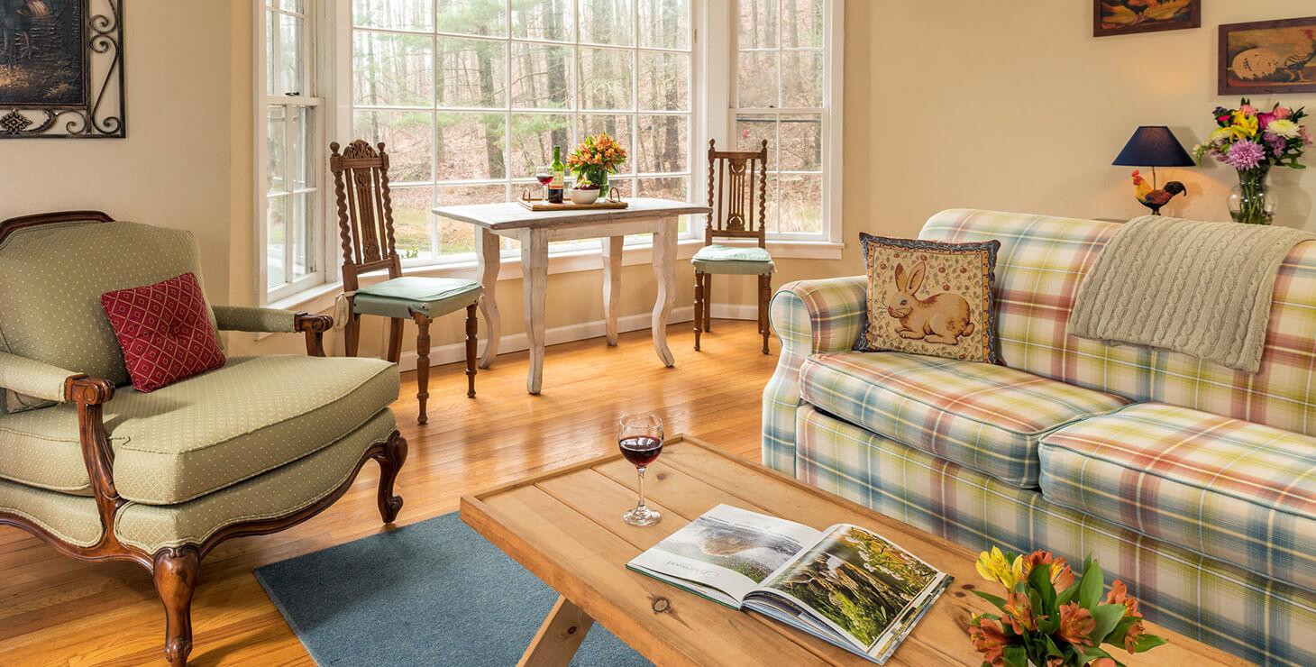 Sunrise Suite living room
