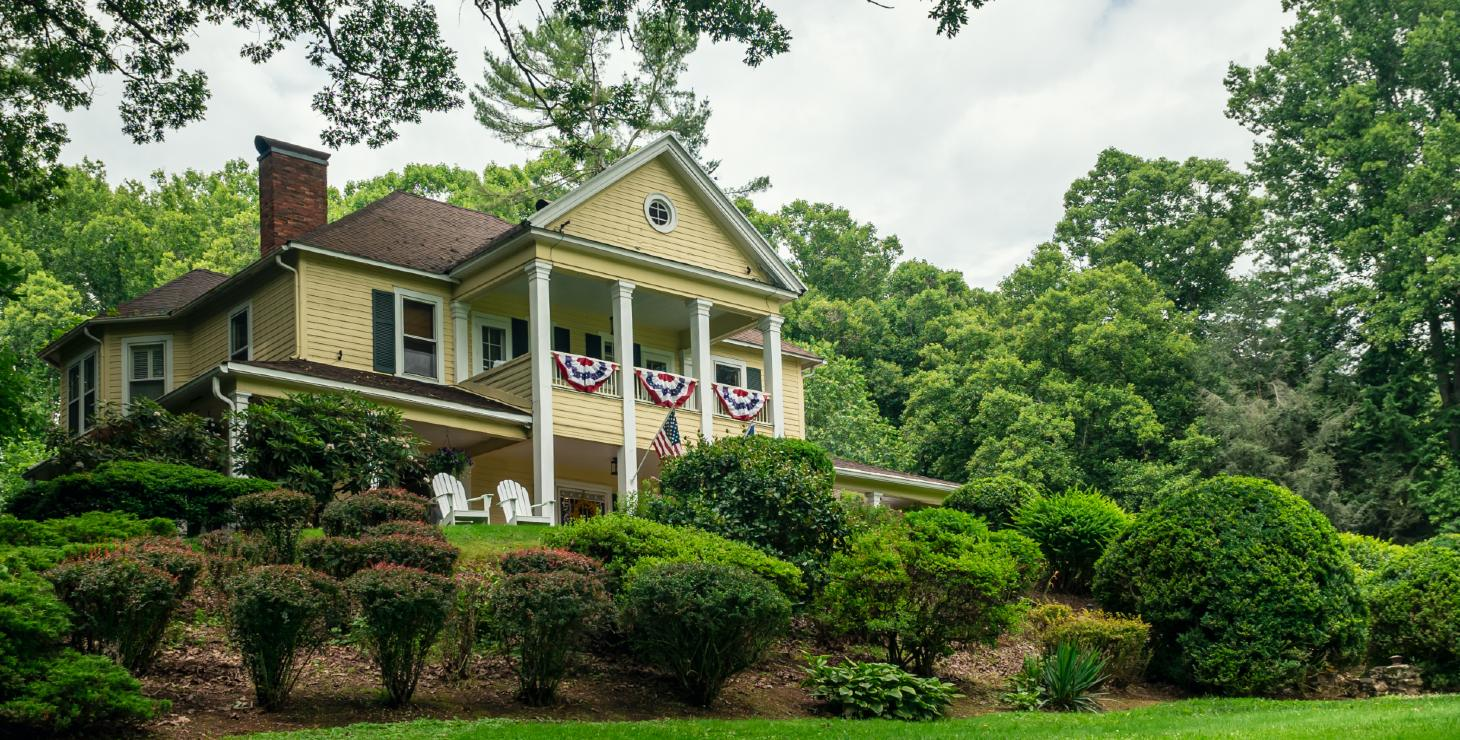 Front of our Waynesville, NC bed and breakfast