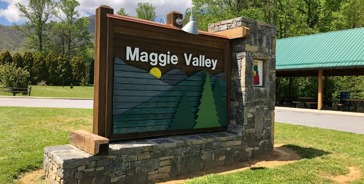 Maggie Valley Sign